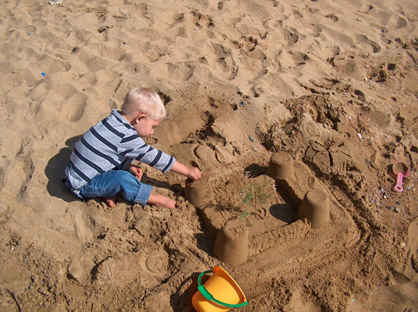Playing-with-Sand
